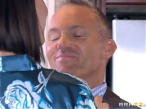 hotwife wifey Peta Jensen cootchie thrashed by Bill Bailey