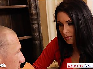 huge-chested sweetheart Jessica Jaymes in need of a good plowing