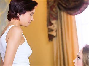 Kagney Linn Karter enjoys seducing her fresh assistant