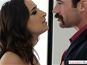 Married Ashley Adams craves boner deep in her coochie