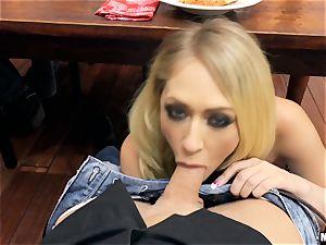 ultra-kinky housewife Kagney Linn Karter blows knob under the dinner table