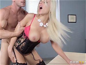 molten manager Nina Elle seduces her employee