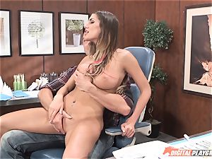 Bad brown-haired August Ames juggles on man-meat