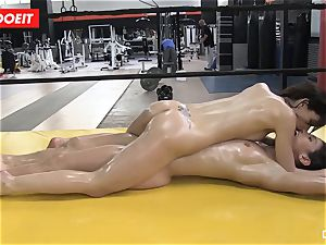 LETSDOEIT - oiled honies enjoy Pussylicking at the Gym