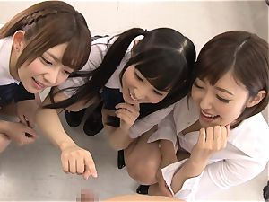 japanese women blow pipe