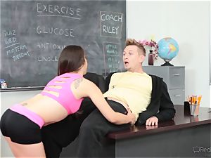 Fit hotty Ziggy star gets sizzling and fleshy with the sports coach
