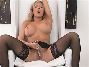warm steaming Capri Cavanni flashes just how to satiate her