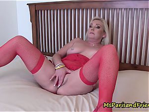 witnessing mom wank with Ms Paris Rose