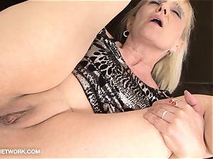 grannie pornography senior dame Takes facial cum shot Gets poked