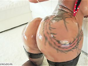 punk nymph with a fabulous assets riding a ebony spear