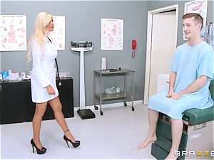 thick unloaded doctor Nina Elle seduces her favourite patient