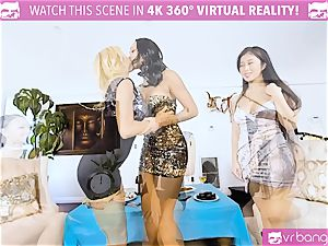VR porno - Alexis Seducing Her buddies to Have a sizzling fuckfest