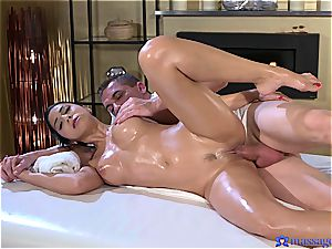 greased up Eurobabe gets a phat creampie
