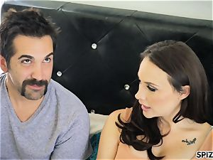 Spizoo - observe Chanel Preston throating and tearing up