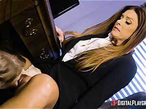 India Summers and Sunny Lane cunny scissoring activity in the office