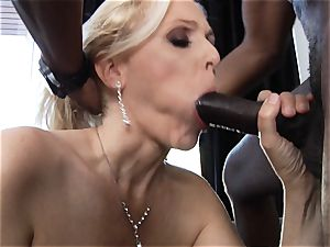 interracial pounding for mummy Julia Ann